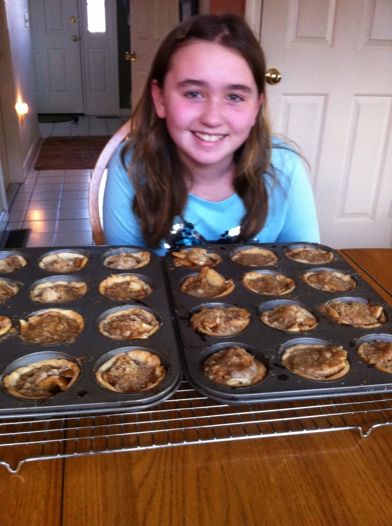 Hannah and apple pies